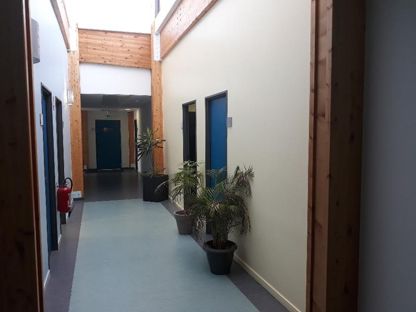 Pépinière EnR vue 2 couloir intérieur