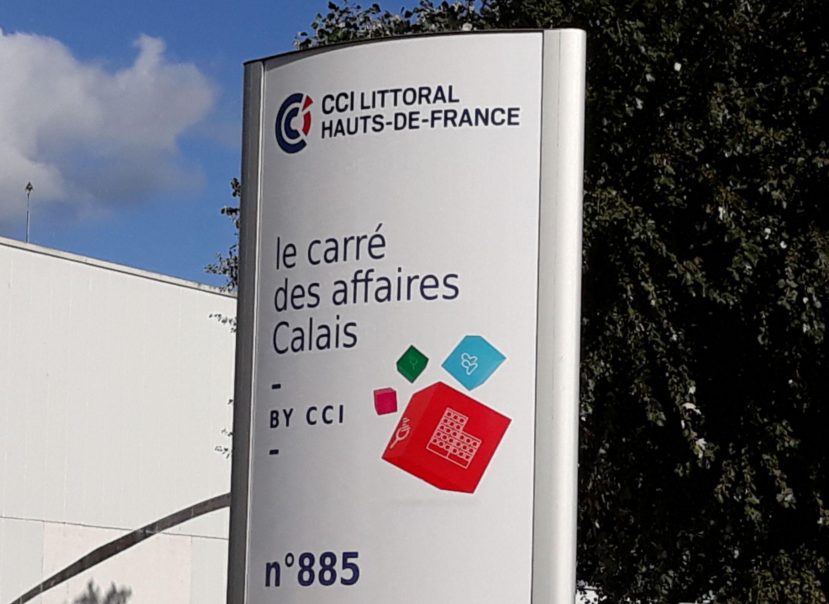 Totem Carré des Affaires Calais 885 rue Louis Breguet